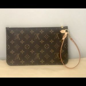 Authentic Louis Vuitton Neverfull Mm Clutch (NWOT)